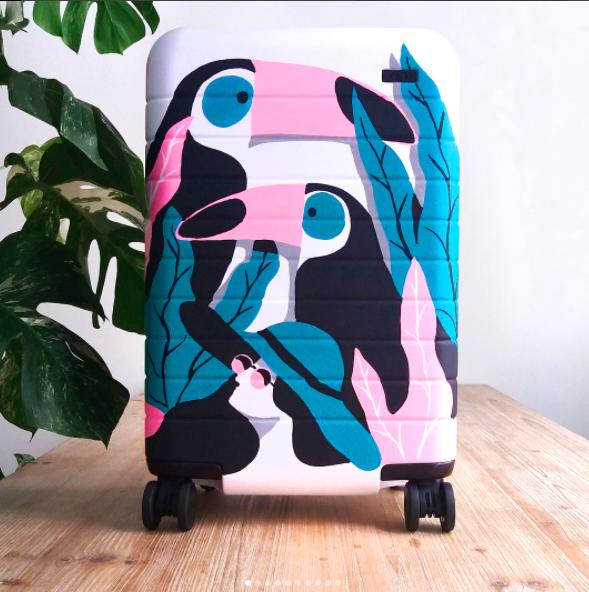 从零开始建品牌?两位女生用3种方法把行李箱做成14亿美元大公司