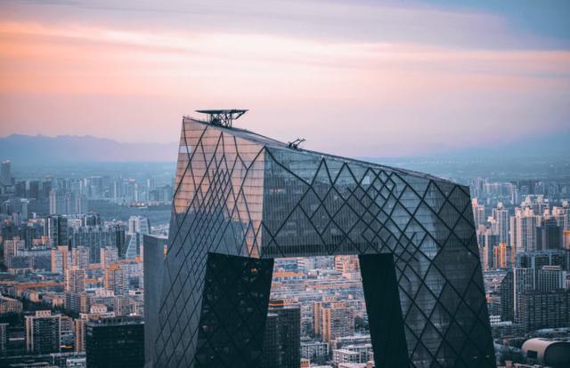 如何成就一座城?从新基建看城市的未来
