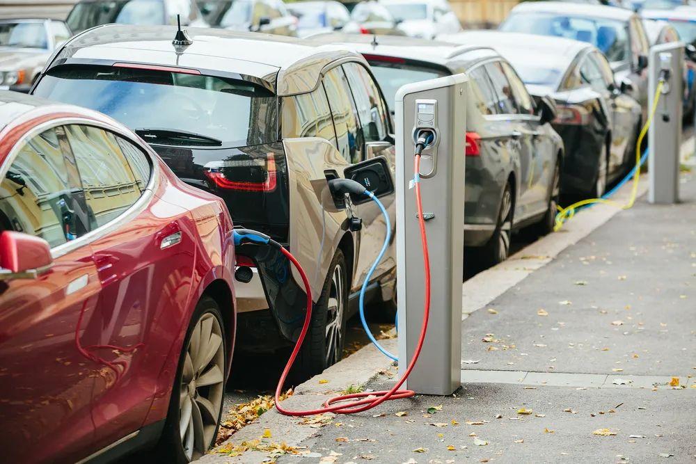"""款新能源车型同时面市,恒大造车究竟靠不靠谱?"""""""